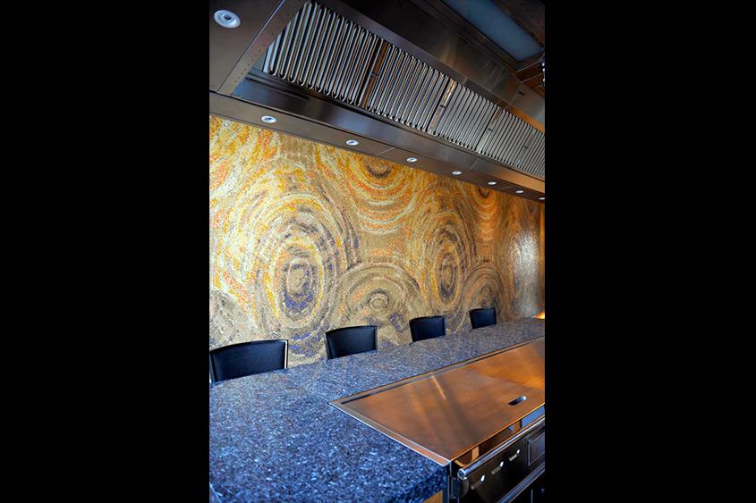 restaurant-220-modern-teppan-mosaico-veneciano-mvm-studios3