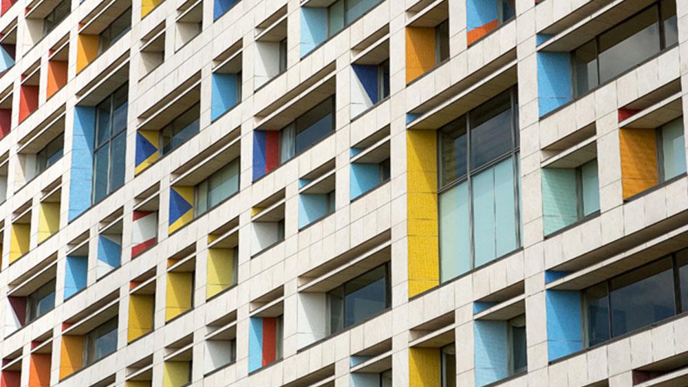 fachada-mosaico-yaacov-agam-mvm-studios-1