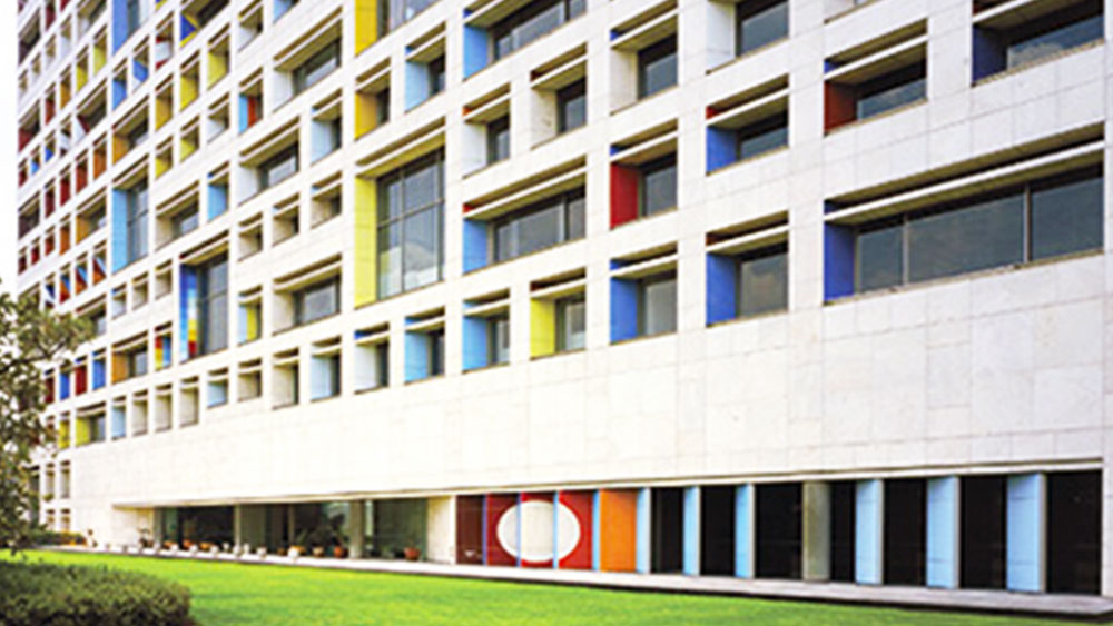 fachada-mosaico-yaacov-agam-mvm-studios-4