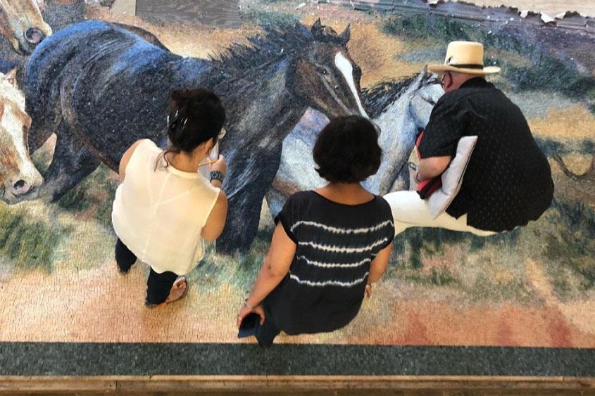 mural-los-caballos-Dickies-Arena