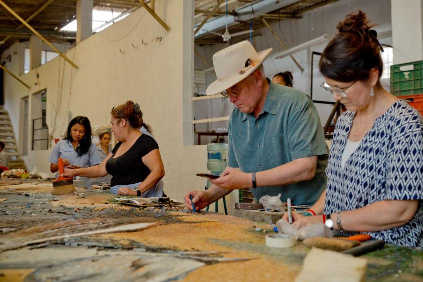 mural-los-caballos-William-Matthews-mosaicos-venecianos-mvm-studios11