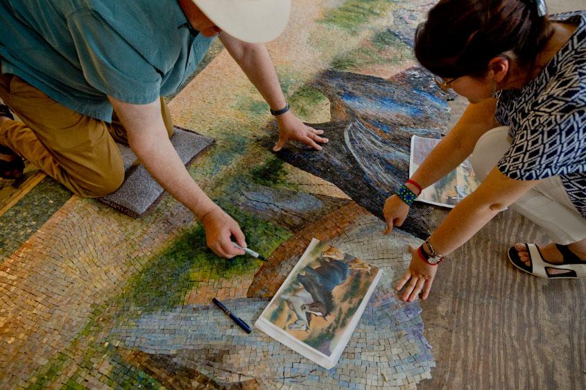 mural-los-caballos-William-Matthews-mosaicos-venecianos-mvm-studios5
