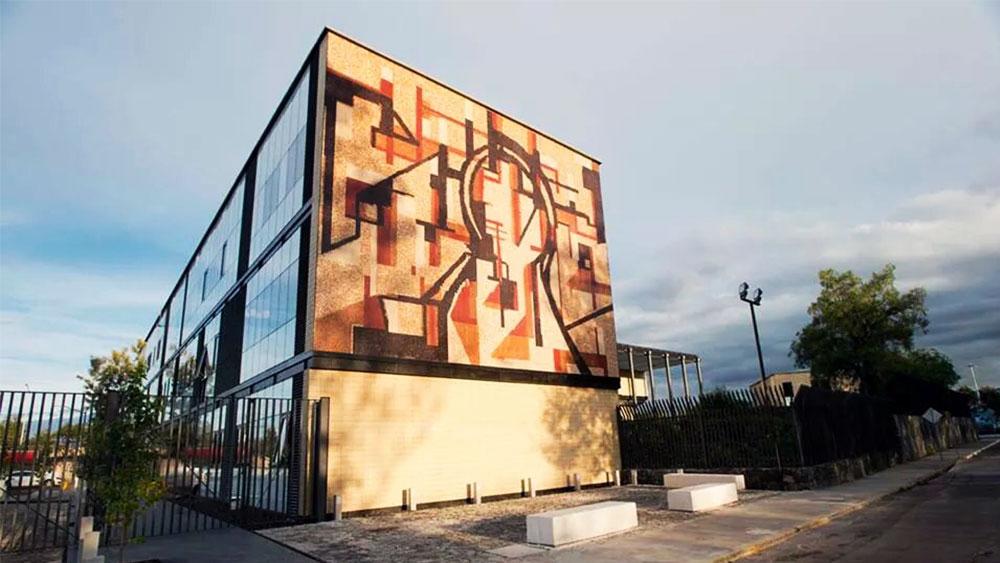 unam-mural-la-razon-del-hombre-y-el-cuerpo-humano-mosaicos-venecianos-mvm-studios-portada